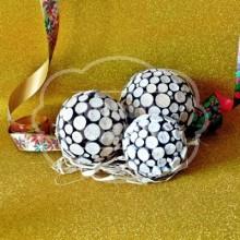 Bola decorada con madera natural 100 mm