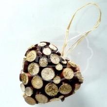 Corazón decorado con madera natural 130 x 130 mm