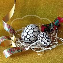 Huevo decorado con madera natural 110 x 80 mm